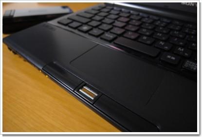 SONY VAIO Type TZ 指紋認証機能の写真