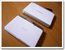 EX-word XD-SP6600と、Zaurus SL-C3000の写真