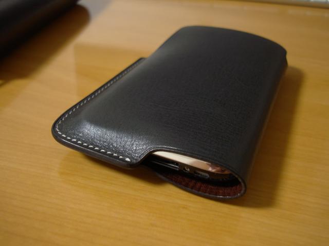 rethink Lim Phone Sleeve for iPhone 3Gの写真